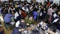 Cuộc sống 'như quân ngũ' của học sinh dân tộc nội trú