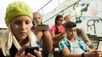 Pháp sẽ cấm dùng điện thoại di động ở trường học