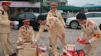 Nghệ An: Bắt giữ xe ô tô tải vận chuyển 543 kg pháo