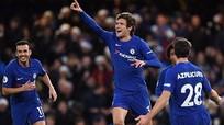 Chelsea giành ba điểm nhờ bàn đá phạt của Marcos Alonso