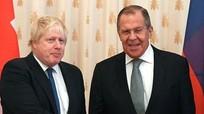 Ngoại trưởng Anh tới Nga đề nghị hợp tác
