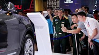 Chuyện lạ cuối năm 2017: Ô tô tăng giá, cò đòi ăn chênh 200 triệu