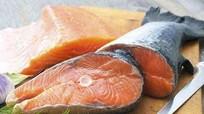 Ăn cá hàng tuần giúp trẻ tăng IQ