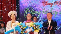 Đam mê cùng 'Giọng hát hay sinh viên' năm nhất Đại học Vinh