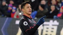 Sanchez lập cú đúp, Arsenal thắng trong ngày Wenger lập kỷ lục