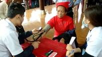 Khám bệnh, cấp phát thuốc miễn phí cho hơn 150 người dân ở Quỳ Hợp