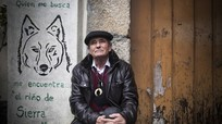 Người đàn ông được đàn sói nuôi 12 năm muốn về sống nơi hoang dã