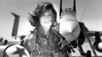 Nước Mỹ tôn vinh nữ phi công cứu 148 người trên máy bay nổ động cơ