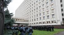 Đóng cửa các điểm bỏ phiếu tại Nga mở đường cho gian lận bầu cử ở Ukraine