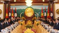 Việt Nam - Lào hội đàm cấp cao, ký kết 9 văn kiện hợp tác