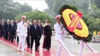 Lãnh đạo Đảng và Nhà nước dâng hương tưởng niệm các anh hùng liệt sỹ