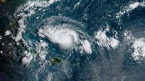 Một trong những cơn bão nhiệt đới mạnh nhất lịch sử đổ bộ vào nước Mỹ dịp cuối tuần