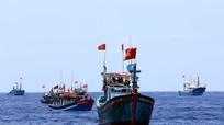 Kịch liệt phản đối quy chế phi lý cấm đánh bắt cá trên Biển Đông của Trung Quốc