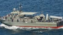 Iran bắn tên lửa nhầm vào tàu chiến, 19 thủy thủ thiệt mạng