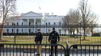 Một phụ nữ có vũ trang mang theo bức thư gửi ông Biden bị bắt giữ ở Washington