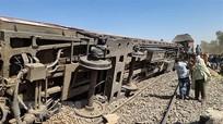 Ai Cập sẽ trừng phạt nghiêm khắc kẻ gây vụ tai nạn tàu hỏa làm 32 người chết