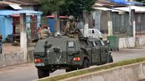 Tổng thống Guinea bị bắt, biên giới đóng cửa