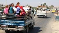"""Người Syria nháo nhào tháo chạy trước khi Idlib """"vỡ trận"""""""