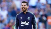 """Messi hướng tới kỷ lục ghi bàn của """"Vua bóng đá"""" Pele"""