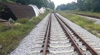 Cảnh sát điều tra TP Vinh thông báo tìm danh tính nạn nhân tai nạn đường sắt
