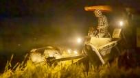 Cận cảnh nhà nông Nghệ An sáng đèn làm đêm tránh nắng nóng