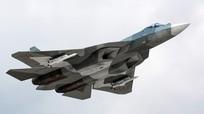 Tiêm kích tàng hình Su-57 Nga cất cánh cùng vũ khí tối tân