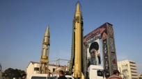 Lộ diện tên lửa đạn đạo Iran trong tuần hành phản đối Mỹ
