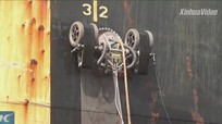 Robot leo thân tàu loại bỏ gỉ kim loại
