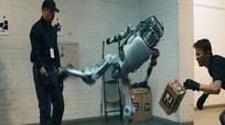 Robot trả thù sau khi bị đánh đập gây sốt mạng