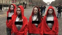 Bất chấp cảnh báo, phụ nữ ngực trần tham gia biểu tình áo vàng tại Pháp