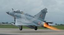 Tiêm kích Ấn Độ rơi, phi công tử nạn vì rơi trúng xác máy bay
