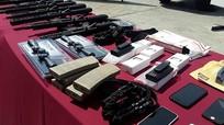 Venezuela thông báo vừa tịch thu một lô vũ khí có nguồn gốc từ Mỹ