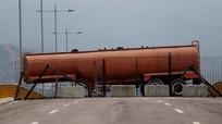 Quân đội Venezuela phong tỏa biên giới, đoàn xe cứu trợ của Mỹ tới