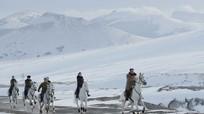 Kim Jong-un cưỡi bạch mã thăm núi thiêng Paektu trước hạn chót đàm phán với Mỹ
