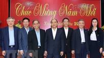 Thủ tướng Nguyễn Xuân Phúc chúc Tết các nguyên lãnh đạo Đảng, Nhà nước