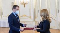 Thủ tướng Slovakia từ chức vì bê bối mua vaccine Sputnik V của Nga