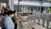 Thủ tướng Phạm Minh Chính: Không để dịch Covid-19 lây sang đội ngũ y bác sĩ
