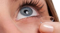 Những lưu ý sống còn khi dùng kính áp tròng không thể bỏ qua