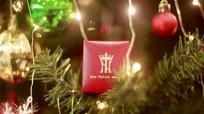Quà tặng trang sức mùa Giáng sinh ấn tượng, ngọt ngào