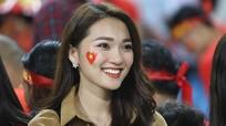 """Điểm danh bạn gái hotgirl của các cầu thủ Việt """"gây náo loạn"""" cộng đồng mạng năm 2018"""