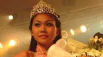 Thanh Hằng 20 năm trước: Da đen nhẻm, bị đồn mua giải hoa hậu