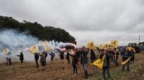 Nông dân Pháp phản đối bán đất cho Trung Quốc; Trump - Putin gặp mặt 3 lần nữa trong năm