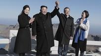 Lãnh đạo Hàn-Triều cùng leo núi thiêng; EU cứng rắn với Anh về Brexit