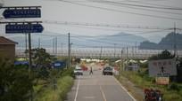 Hàn Quốc phá hủy trạm gác trong Khu phi quân sự; Đình công lớn đòi tăng lương tại Hy Lạp