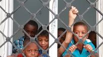 LHQ thông qua Hiệp ước về người tị nạn; Mỹ phê chuẩn hỗ trợ cho nông dân 12 tỷ USD
