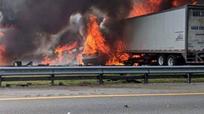 Tai nạn gây cháy lớn trên cao tốc Mỹ, 7 người thiệt mạng