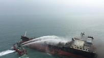 Có 2 thủy thủ người Nghệ An trên tàu cháy ngoài khơi Hong Kong