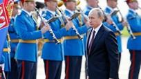 Tổng thống Nga thăm chính thức Serbia; Mỹ khẳng định quyết tâm đánh bại IS