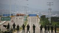 Đoàn tàu của Kim Jong-un đã tới Trung Quốc; Venezuela đóng cửa khẩu biên giới với Colombia