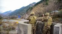 Poroshenko bị cáo buộc gian lận bầu cử; Binh sĩ Ấn Độ, Pakistan đọ súng tại Kashmir